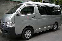 Long-term rental Toyota Hiace 15 - 16 seats Da Nang